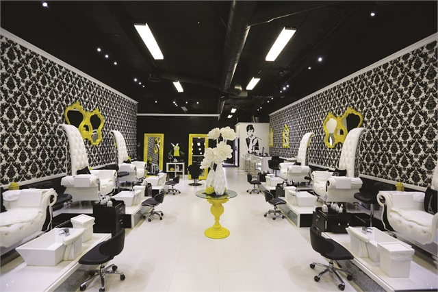 Opi Is Synonymous With Some Of The World S Finest And Most Avant Garde Salons Including Laqué In North Hollywood Salon Raised Nail Services To An