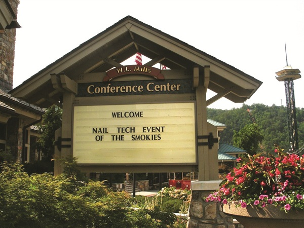 In 2012, Jill Wright moved her event to the Gatlinburg, Tenn., Convention Center.