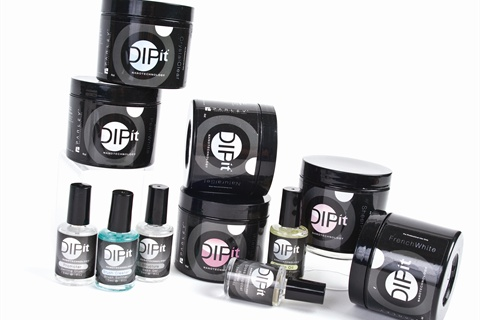 Dip It Acrylic Nail Lication
