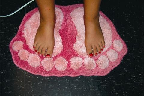 Strawberries cream spa pedicure technique nails magazine strawberries cream spa pedicure prinsesfo Image collections