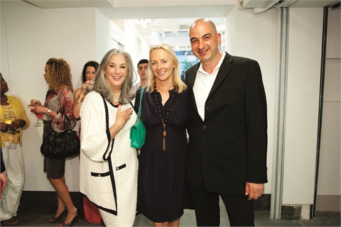 "<p class=""NoParagraphStyle"">Essie Weingarten (left) poses with Linda Wells, editor-in-chief of Allure, and salon owner Samuel Shriqui.</p>"