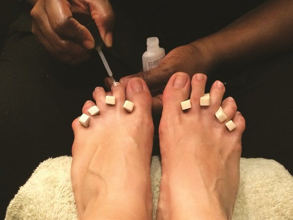 <p>After the Footnanny completes her treatment of the feet and legs, she begins the spa pedicure. Williams favors Jessica Fusion 2.5.2 because it is designed specifically for pedicures. </p>