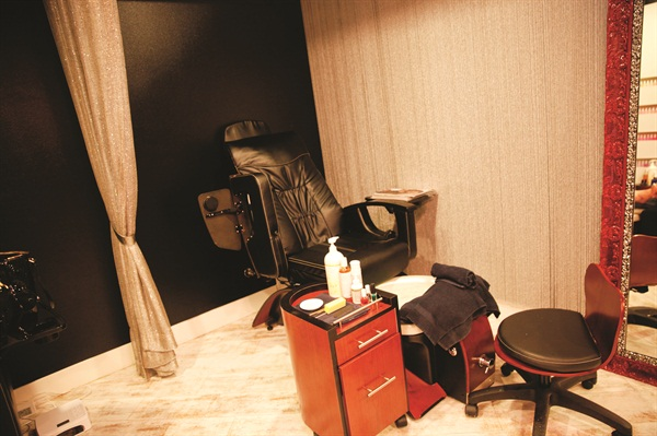<p>A separate room for pedicures is adjacent to the main nail lounge.</p>