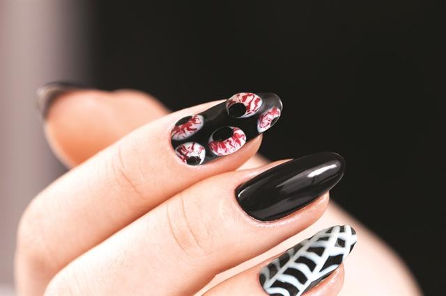 Gel Ii Glowing Eyeballs Halloween Nail Art Tutorial Style Nails