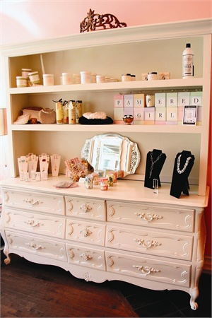 <p>Retailing allows you to increase your income without increasing your <br />client base.</p>