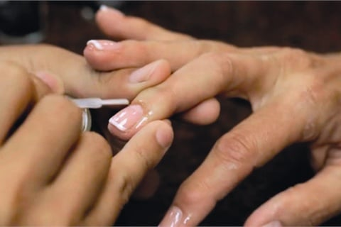 Liquid Feed for manicure
