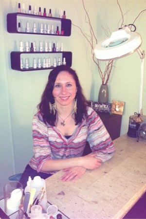 <p>Nashville's Melissa Bradford returned to the industry after a break of nearly five years to find nails had become an accessory.</p>