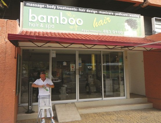 <p><span>Bamboo Hair & Spa is located on the </span><span>main drag in the resort zone of Cancun. </span><span>The owners are opening another spa, </span><span>called Mayan, a few doors down.</span></p>