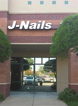 J Nails opened in 1996in a shopping center inMemphis, Tenn.