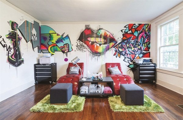 Salon Decor Reflects an Artist\'s Soul - Style - NAILS Magazine
