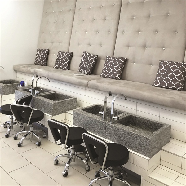 <p>The salon's pedicure bowls, imported from Brazil, are 250 lbs. of pure granite.</p>