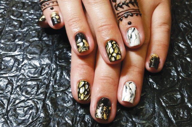 Henna Services Give Nail Salon A Unique Twist Business Nails