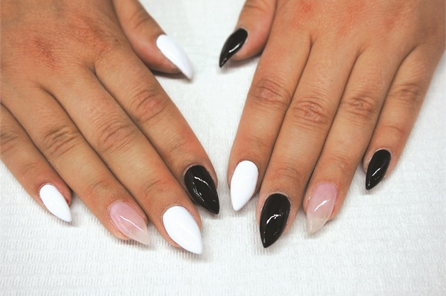 Vintage Contrast Nail Art - Style - NAILS Magazine