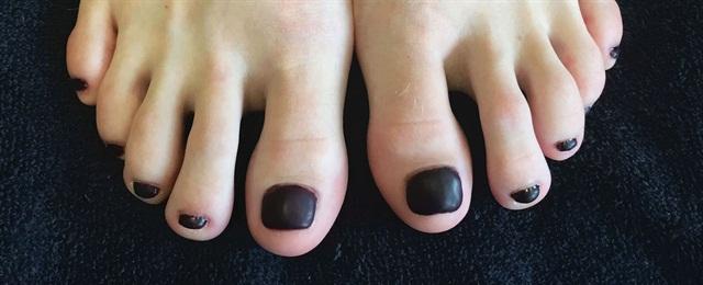 <p>Nails by Marcie Parrott (after)</p>