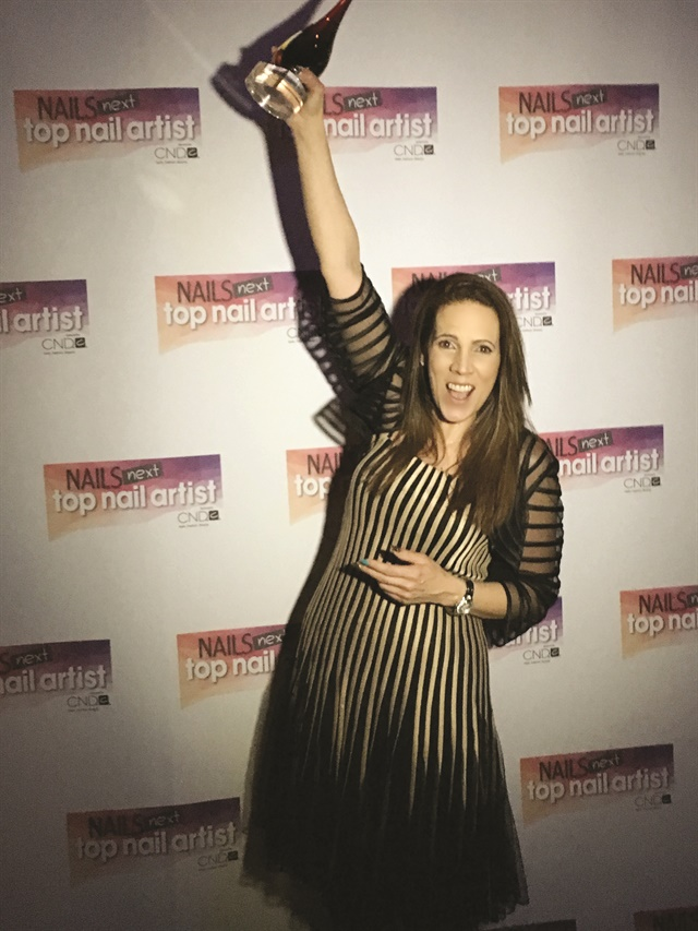 <p>Tracey Lee celebrates her <br />NTNA Season 4 victory.</p>
