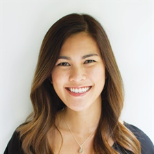 <p>Annie Nguyen</p>