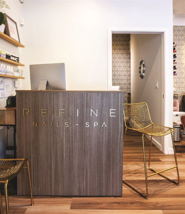 <p>The salon is primarily appointment based, although they do accept walk-ins.</p>