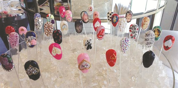 Show us yourclever nail art displays business nails magazine clever nail art displays prinsesfo Images