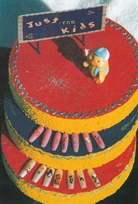 <p>Vicki Yankee says displaying nail art designs on a three-layer cake makes it easier for kids to choose. </p>