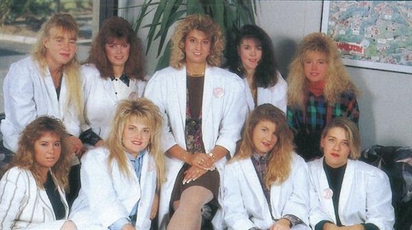 <p>Staff of Distinctive Touch Salon</p>