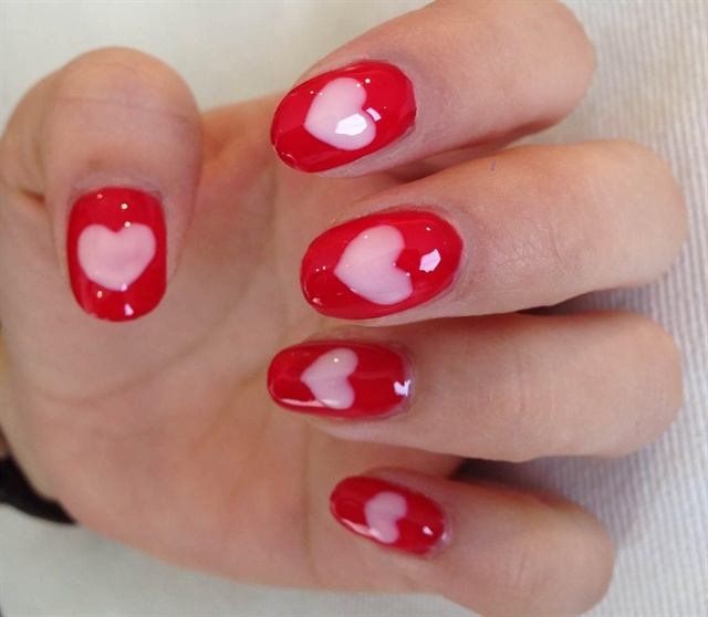 lots of love valentines day nail art style nails magazine - Nail Art Valentines Day