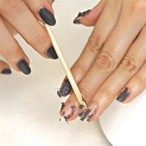 Remove Gel,Polish with The Painted Nail\u0027s Steam Off