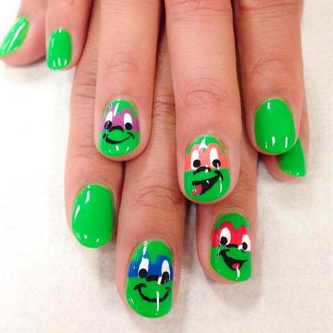<p>Teenage Mutant Ninja Turtle nails for a classmate.</p>