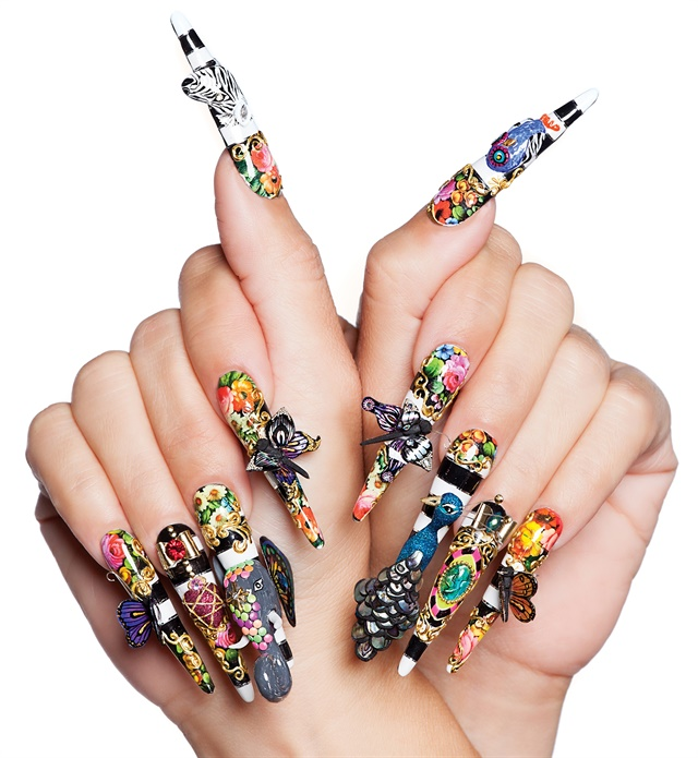 <p>Nails by NTNA S. 4 winner Tracey Lee</p>