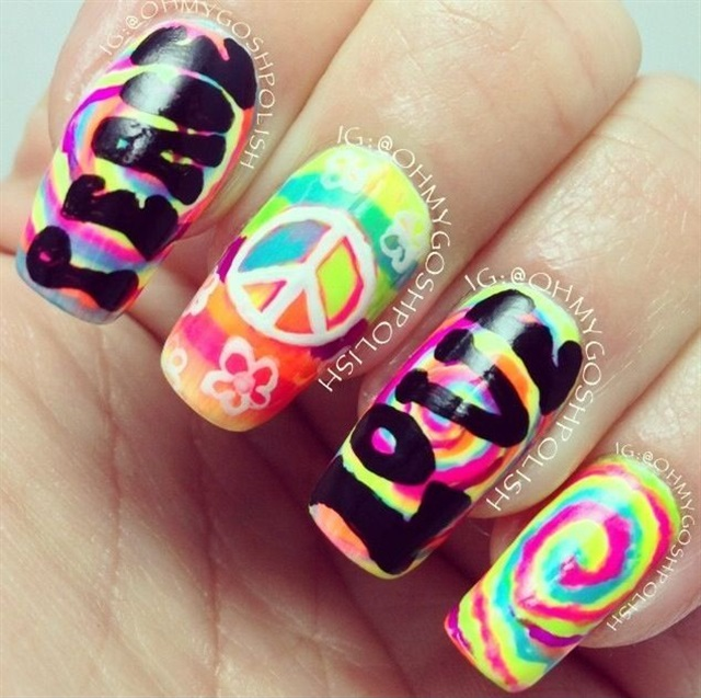 "<p>Via <a href=""https://www.instagram.com/ohmygoshpolish/?hl=en"">@ohmygoshpolish</a></p>"