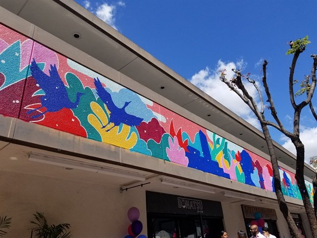 <p>Yoshimura's mural brightens a building housing several Little Tokyo businesses.</p>