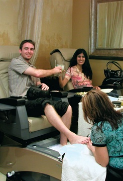 <p>As we down our delicious virgin mojitos and snacks, we enjoyed the massage options of the SalonTech SpaJoy pedicure chairs.</p>