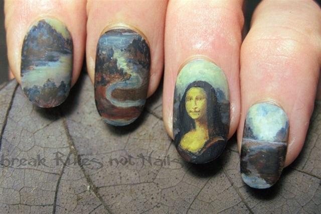 """<p>Via <a href=""""http://nailartgallery.nailsmag.com/brkrulesntnails/photo/353176/mona-lisa-nails"""">Nail Art Gallery</a></p>"""