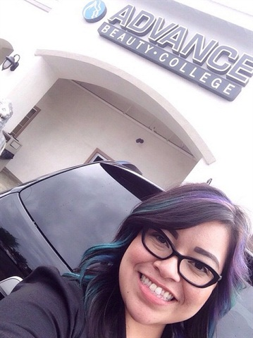 <p>Shameless selfie taken in front of my new nail school.</p>