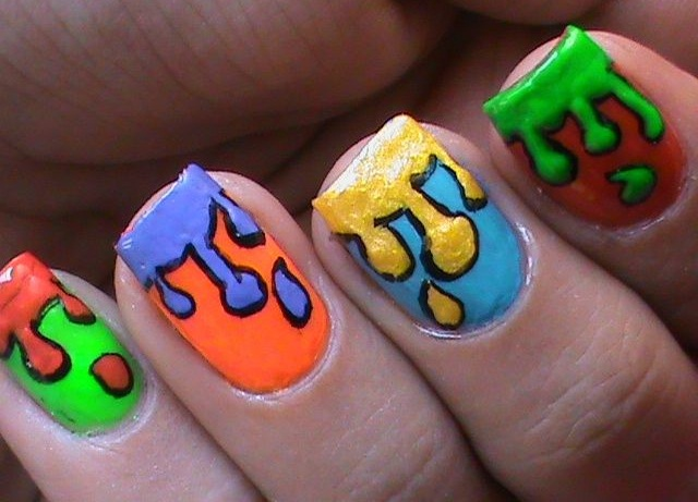 "<p>Via <a href=""http://nailartgallery.nailsmag.com/superwowstyle/photo/310066/dripping-paint-nail-art-design-colorfu"">@superwowstyle</a></p>"