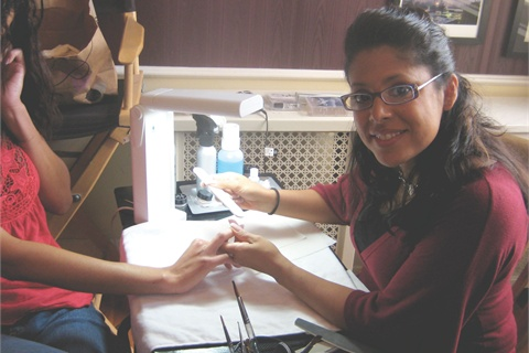 <p>A few days after ISSE Long Beach, Lisa came to our studio to do the nails for this month's cover.</p>