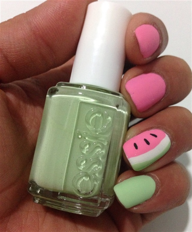 "<p><a href=""http://nailartgallery.nailsmag.com/acnails/photo/464054/another-take-at-watermelon"">Via Nail Art Gallery</a></p>"