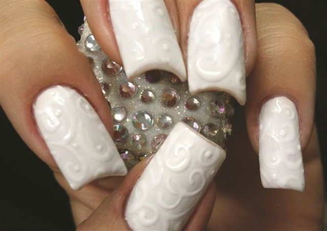"<p>Via <a href=""http://www.nailsmag.com/demoarticle/107305/gel-on-gel-polish-nail-art"">nailsmag.com</a></p>"
