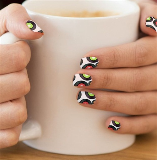 "<p>Minx nails via<a href=""http://www.zazzle.com/retro_inspired_vinyl_record_album_abstract_minx_nail_art-256939546510022110""> zazzle.com</a></p>"