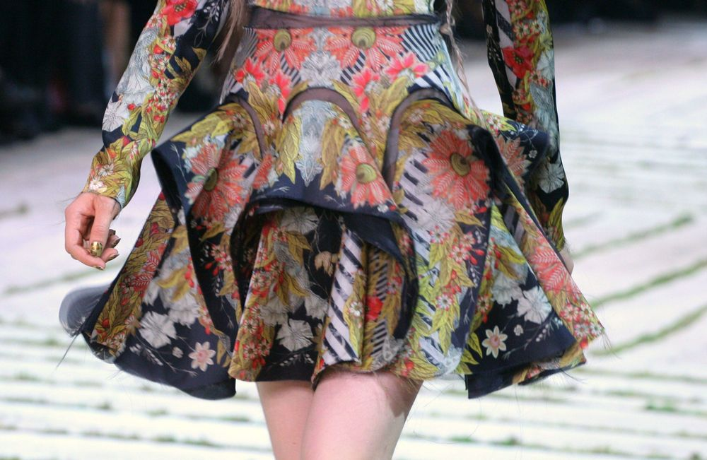 <p>At Paris Fashion Week, Marian Newman headed the team responsible for the <strong>Minx</strong> at the Alexander McQueen show. &ldquo;Some of the templates created were exact reproductions of the fabrics, while others were a&nbsp;gold version that used the motifs of the fabric, and still other designs were a&nbsp;more &lsquo;natural&rsquo; variation that accessorized the more delicate pieces,&rdquo; said Newman.</p>