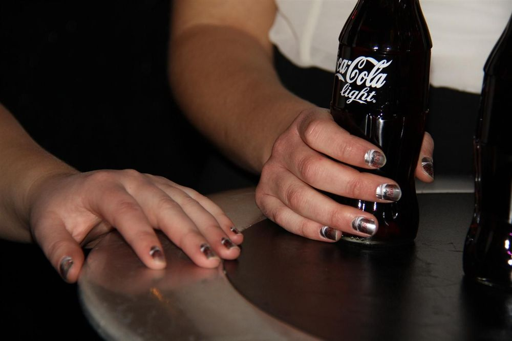 <p>The Coca Cola waitresses at Stockholm Fashion Week wore custom <strong>Minx</strong>, which were applied by Frida Selkirk and Danielle Herberg.&nbsp;<em>Photography by Frida Selkirk</em></p>