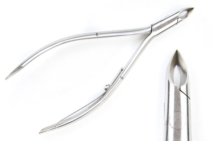"""<p>Get right into work with <a href=""""http://www.todaysproducts.com"""">Today&rsquo;s Products'</a> multi-tasking implement that has three tools in one. Accompanying a pointed and tapered nipper, the handles include a pusher and a design tool allowing you to switch between tasks effortlessly. Made with 420-grade stainless steel and a single spring, this nipper tool boasts an extra-long handle for a comfortable grip.</p>"""