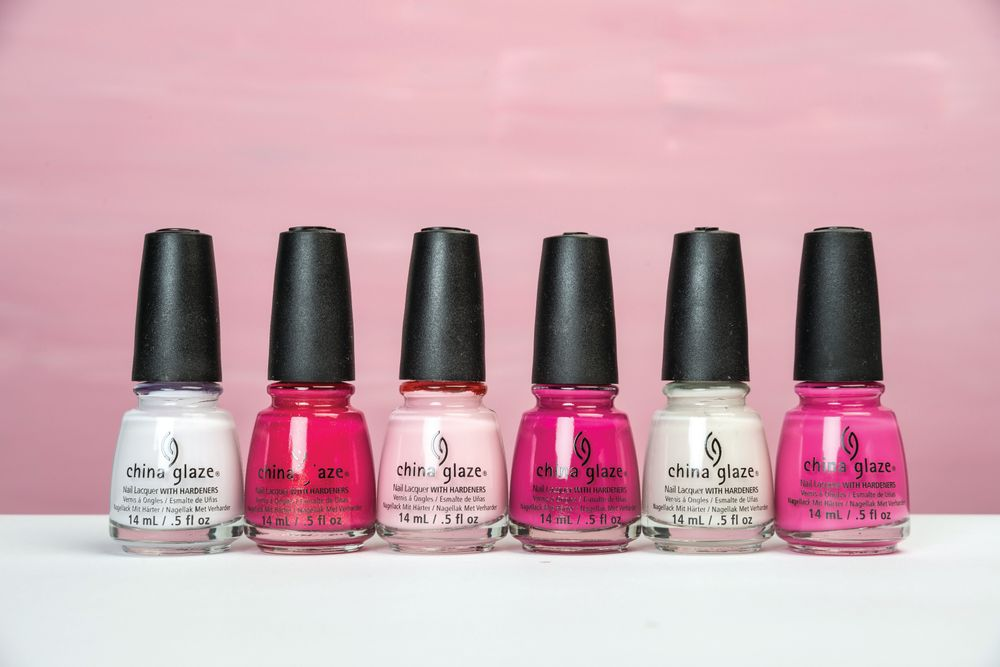 <p>This October, China Glaze honors the strength of all women affected by breast cancer with the new Celebrate Courage Collection. Inspired by the women who gracefully fight every day and those who support them in their battle, the limited edition six-piece collection features three new matte cr&egrave;mes and three classic bright pink shades.&nbsp;</p>