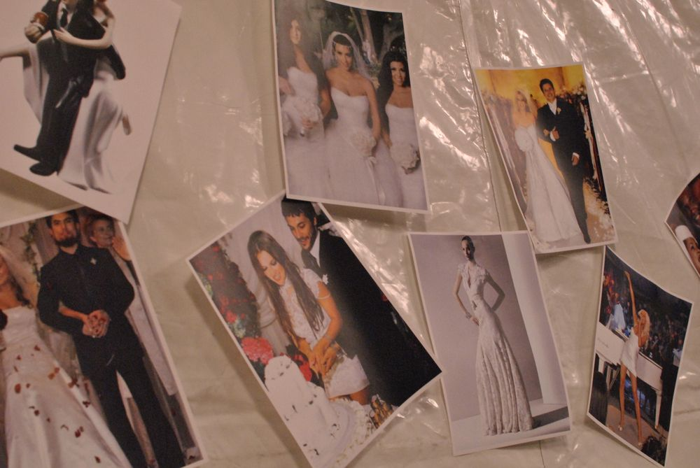 <p>Wedding photos were the inspiration at Betsey Johnson's show.&nbsp;</p>