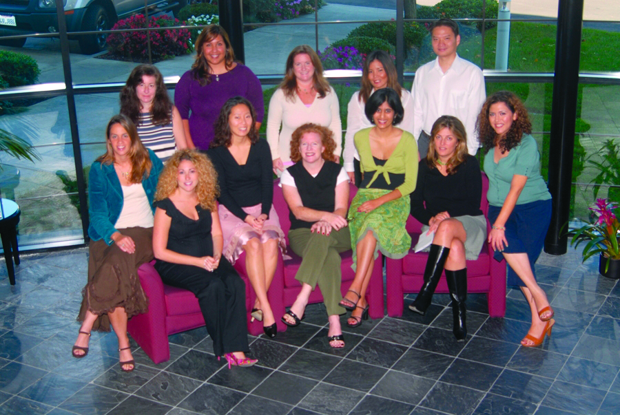 <p><strong>2006</strong>: NAILS and VietSALON staff</p>
