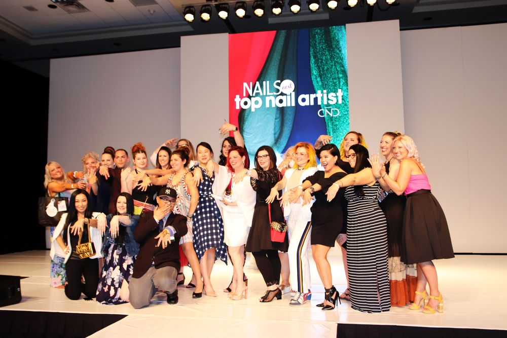 <p>The NTNA competitos all pose for a photo</p>