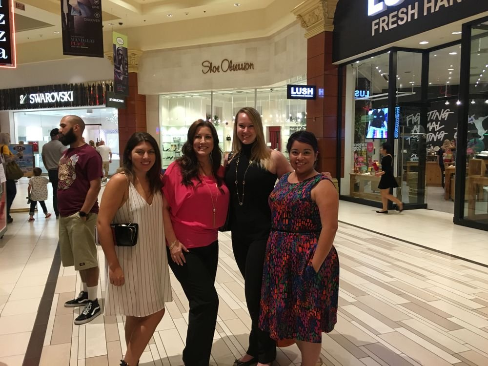 <p>Post dinner pic with NAILS Beth Livesay (left), Michelle Williams of Pave, NAILS Shannon Rahn, and Sigourney Nunez</p>