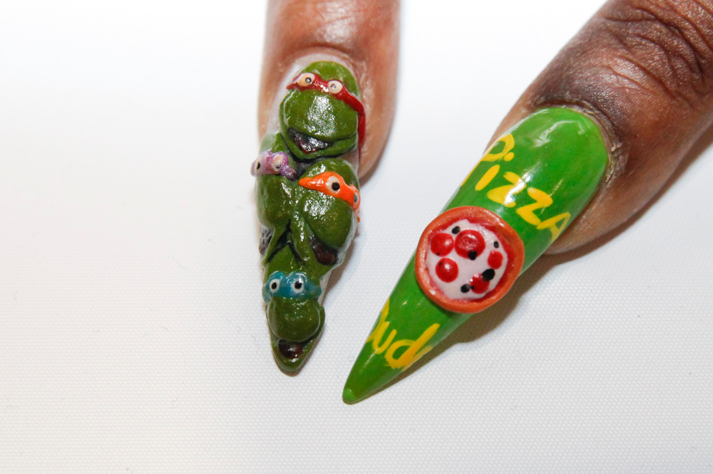 <p>Teenage Mutant Ninja Turtles nails by Dara Marsden</p>