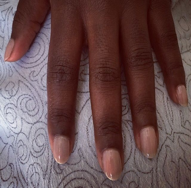 <p>Deborah Lippman lacquered up Lupita Nyong'o's nails in Diamonds and Pearls for the Golden Globes. Image via @deborahlippman.</p>