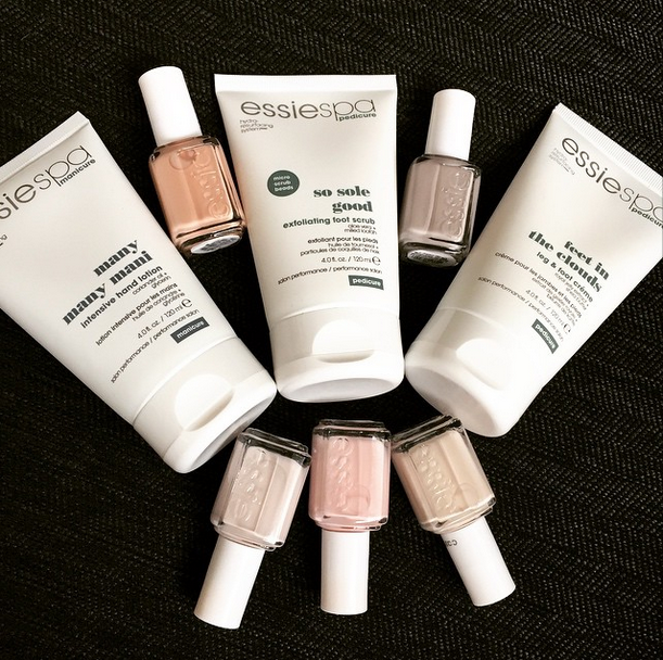 <p>Celebrity manicurist Carla Kay used Essie products on her celebrity clients for the Oscars. Image via @carlakay</p>