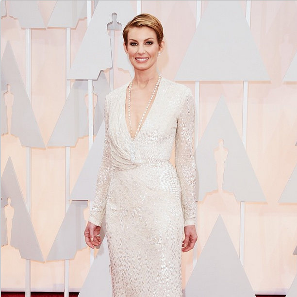 <p>Kay polished Faith Hill's nails for the Oscars using Essie All Eyes on Nudes. Image via @essiepolish</p>